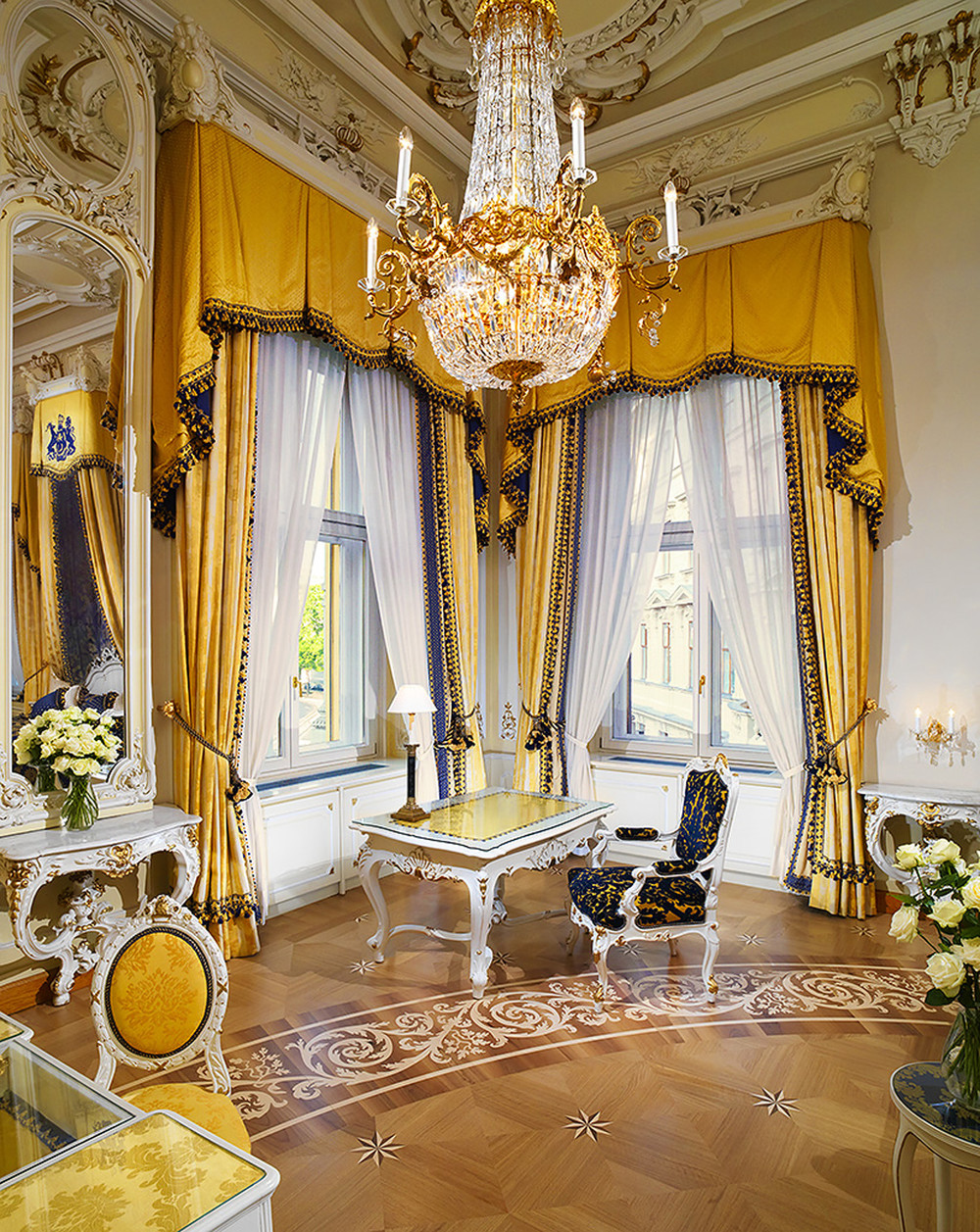 ST - Hotel Imperial Vienna - Royal Suite - 1.jpg