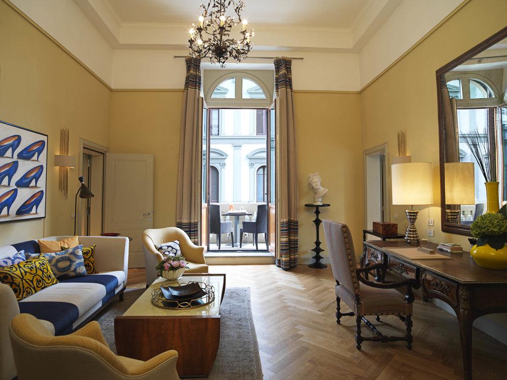 ST - Hotel Savoy .jpg