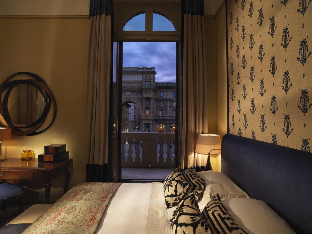 ST - Hotel Savoy 3.jpg
