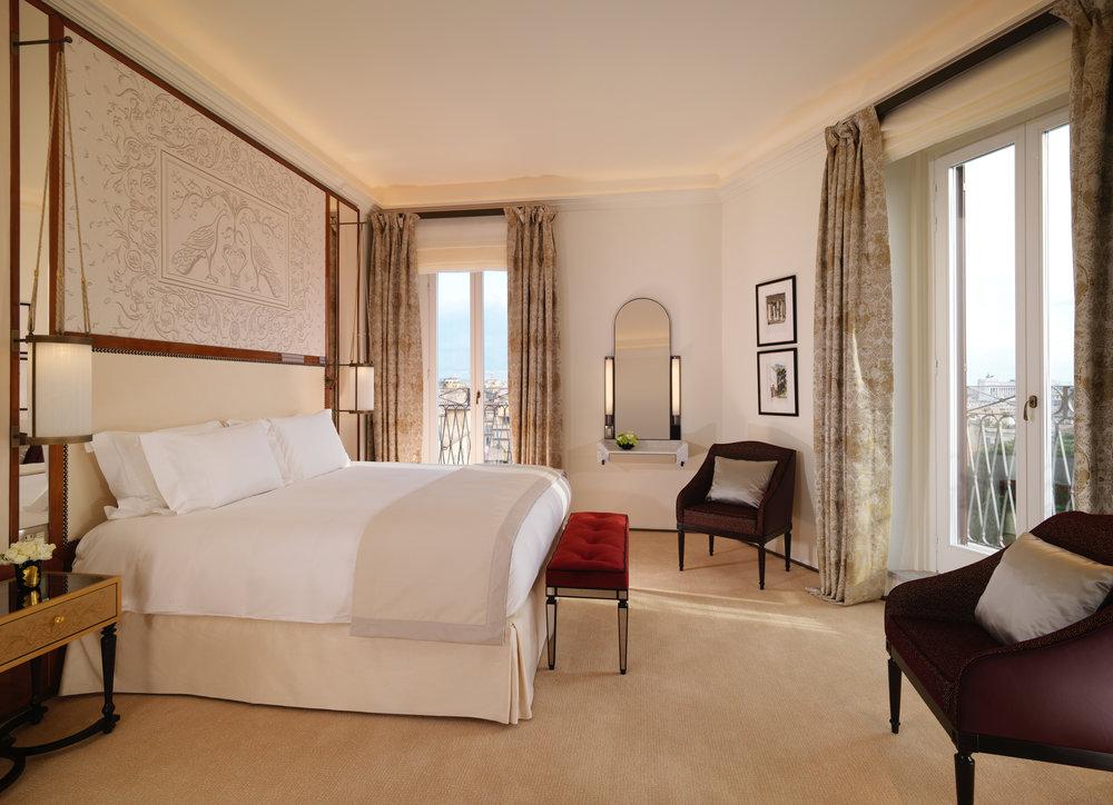 Hotel Eden_ Villa Medici Presidential Suite bedroom_HIGH RES.jpg