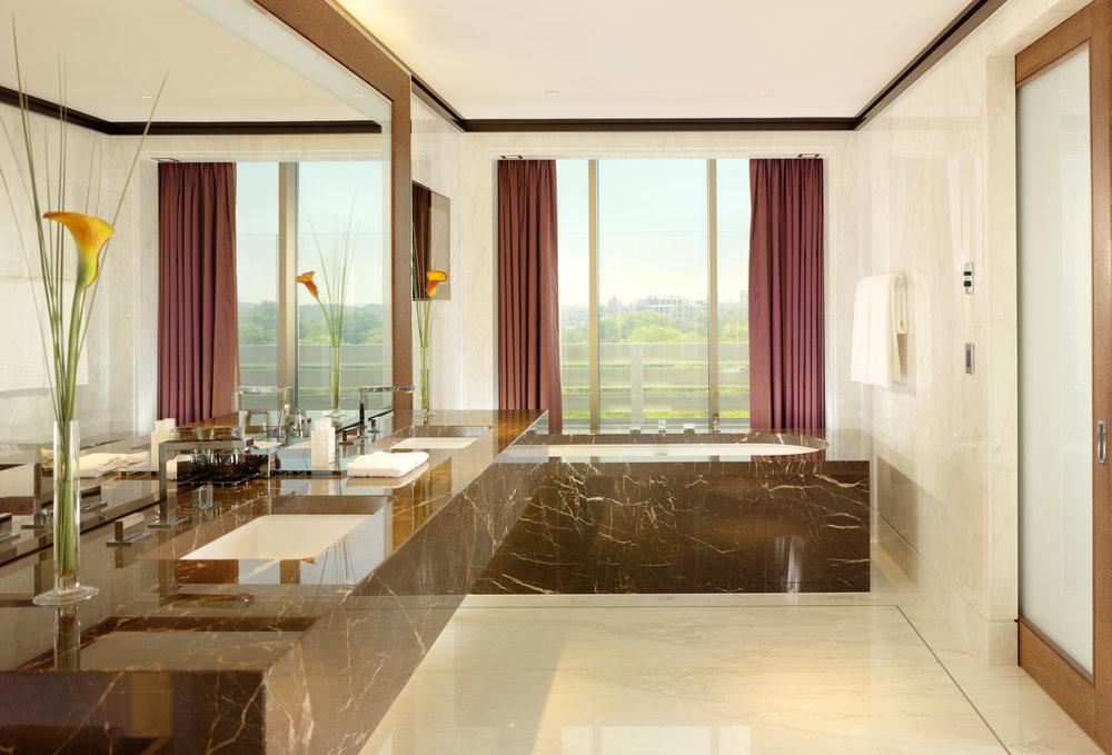 Penthouse, Master Bathroom - 45 Park Lane 1196-6.jpg