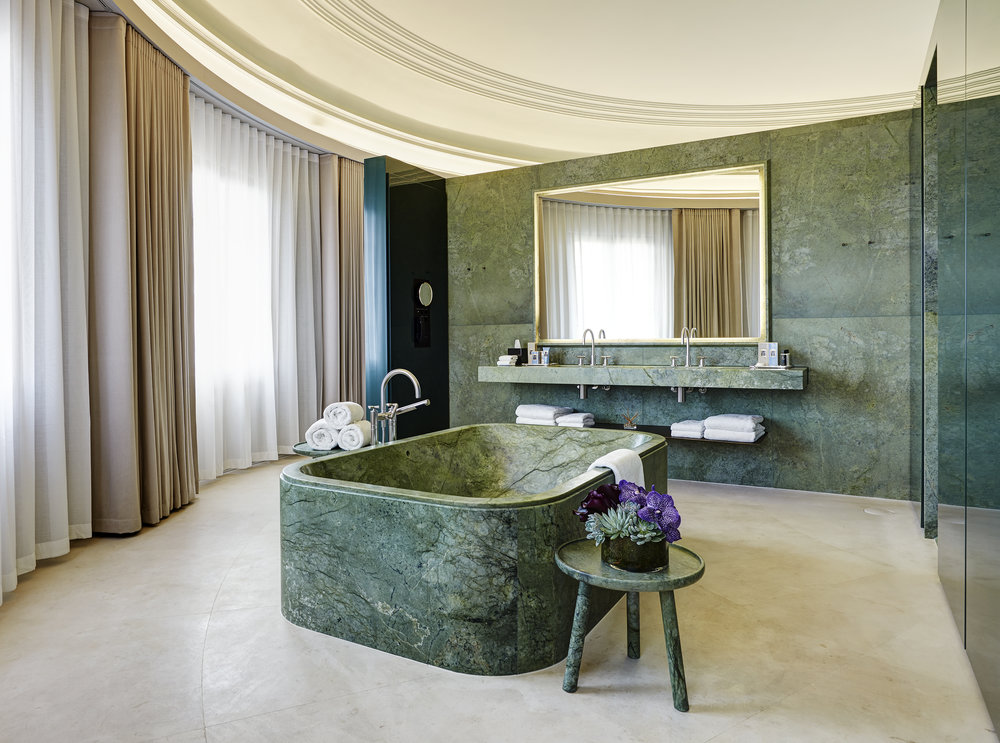 Hotel Cafe Royal - Dome Penthouse - Bathroom 1.jpg