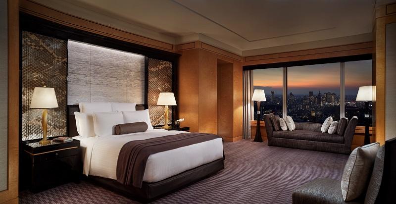 Ritz-Carlton Tokyo 2 - resize.jpg