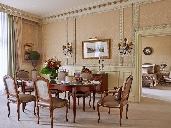 Grand Hotel Wien - Living Room_Dinning Table - resize.jpg