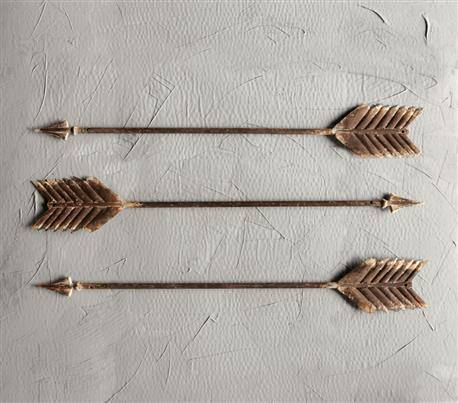 "METAL ARROW WALL DÉCOR-27-1/2""W"