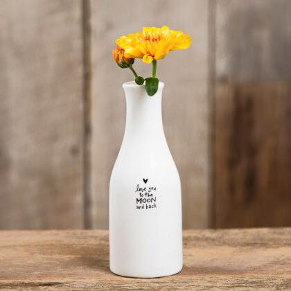 Super cute bud vases look great on a table or shelf!
