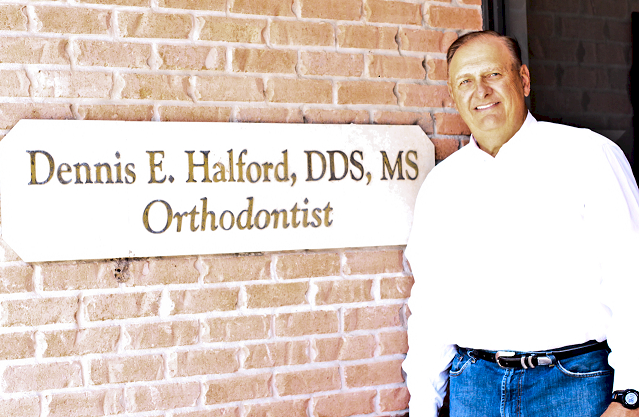 halford orthodontics sugar land - team photo.jpg