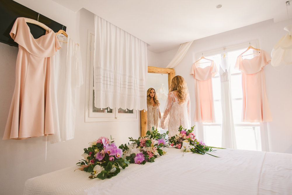 lorraine-ciaran-irish-wedding-naxos-013.jpg