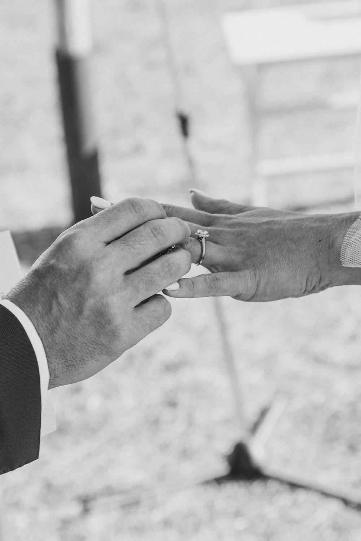 lorraine-ciaran-irish-wedding-naxos-030.jpg