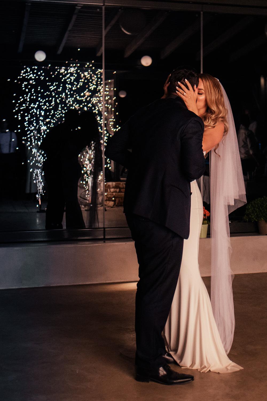 lorraine-ciaran-irish-wedding-naxos-070.jpg