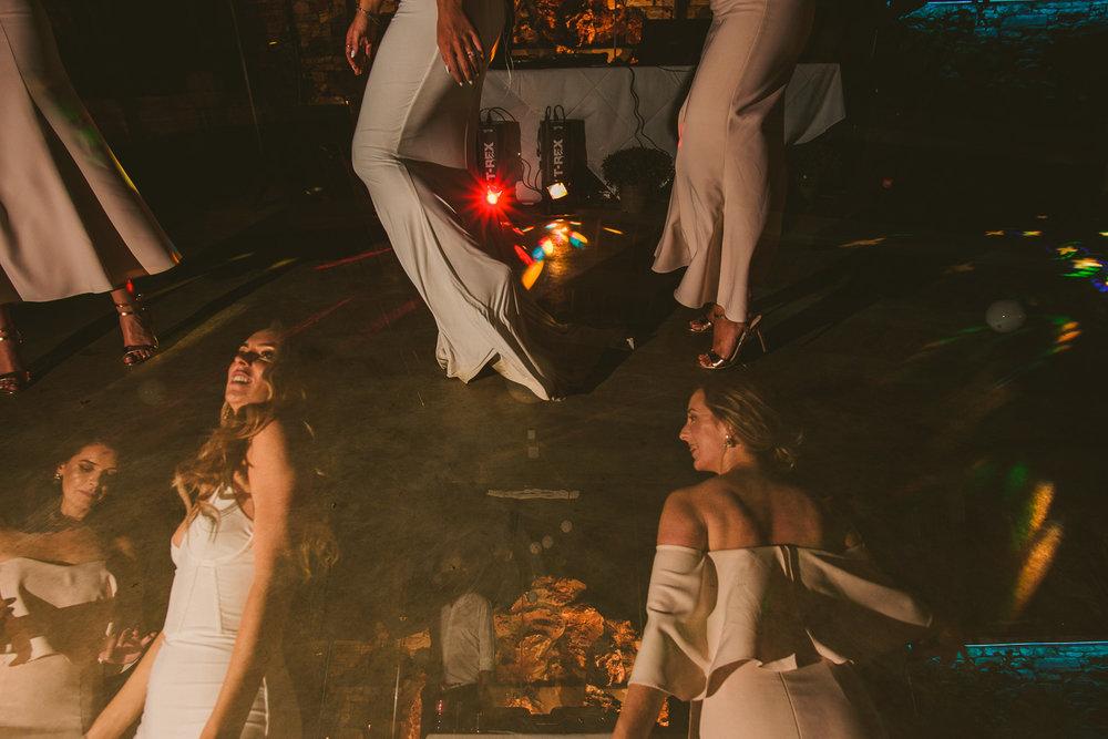 lorraine-ciaran-irish-wedding-naxos-078.jpg