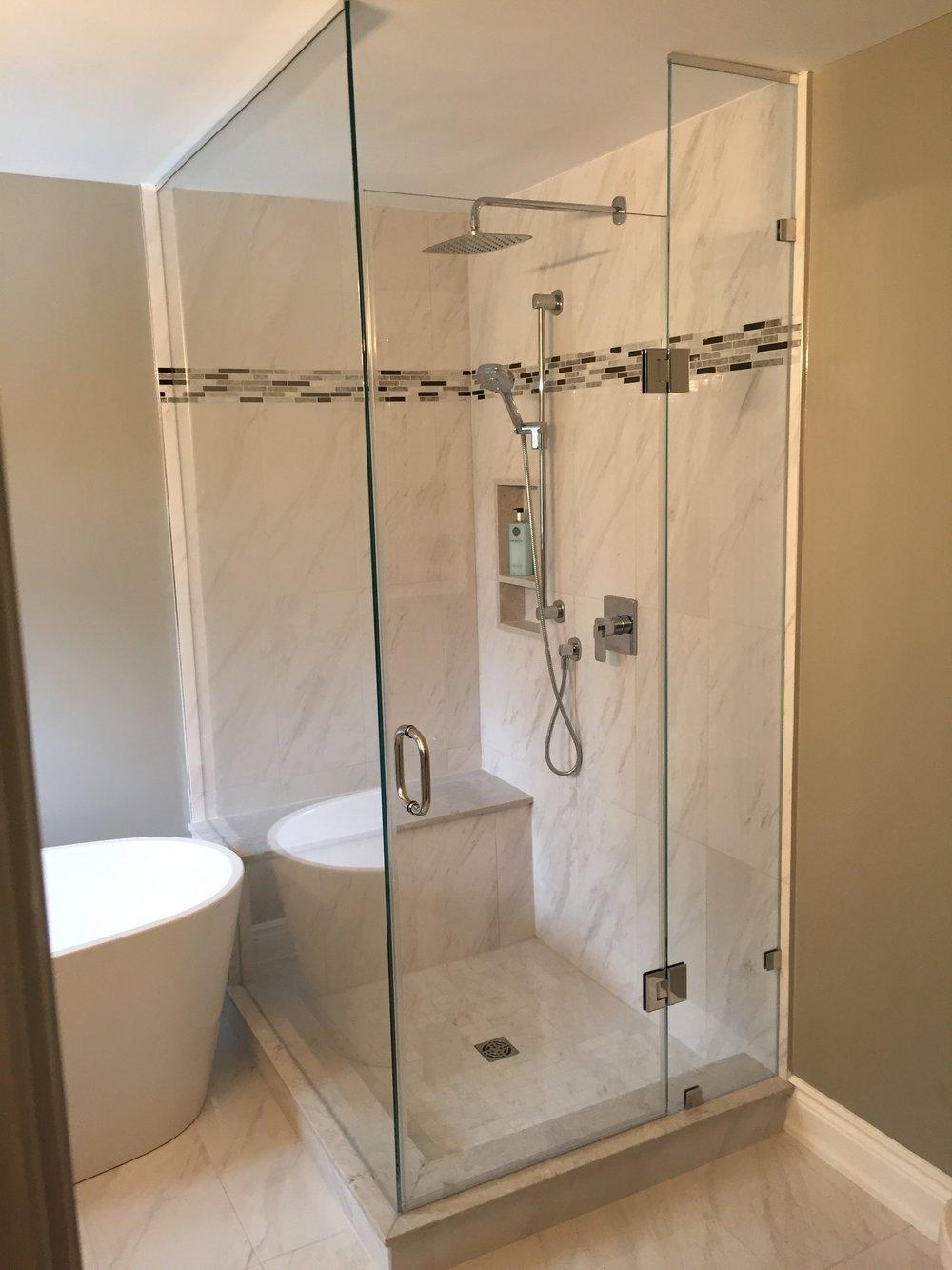 Corner shower.jpg