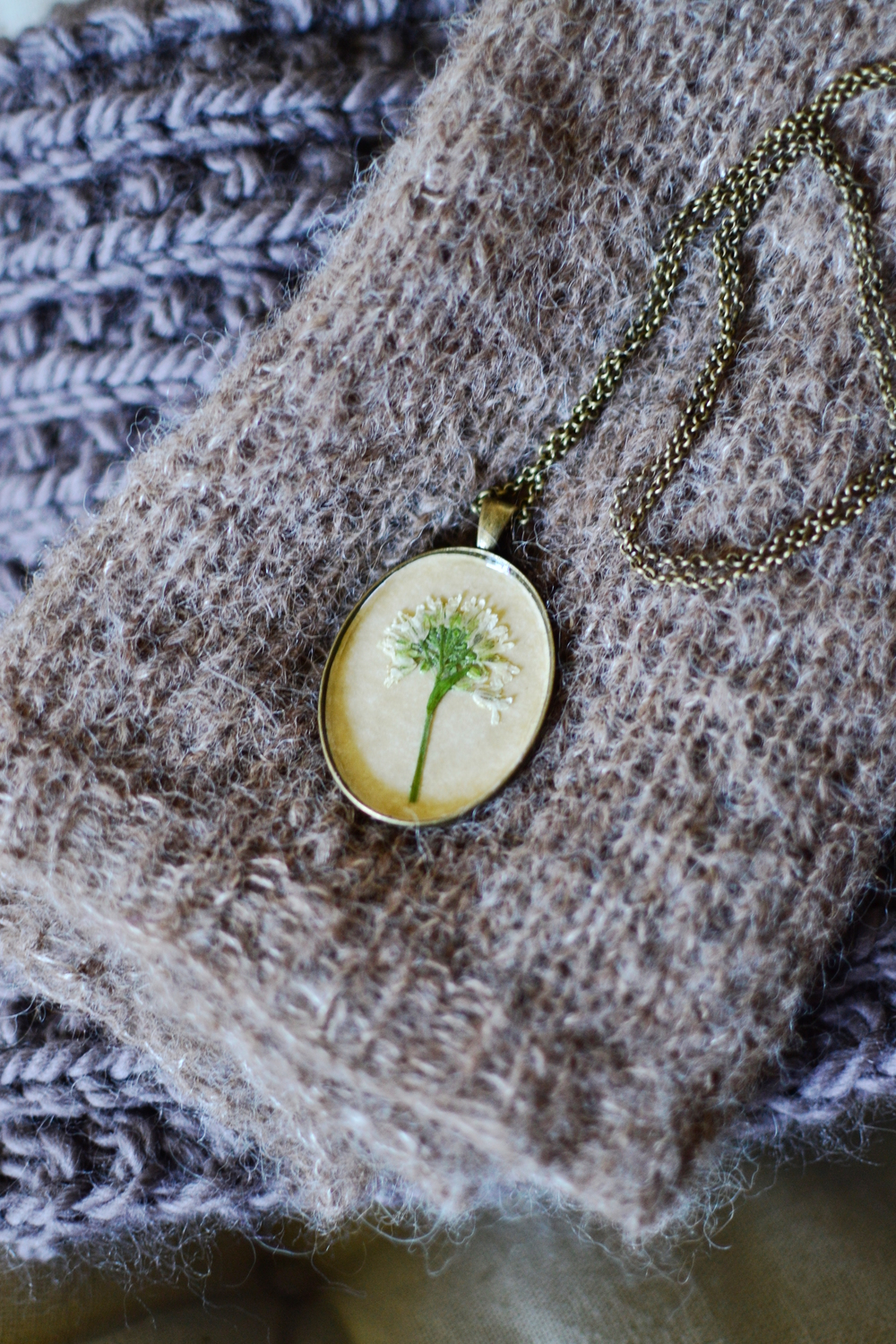 Mandarine's: Botanical antique pendant