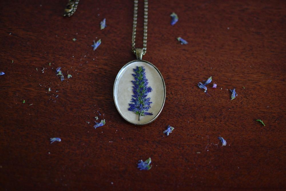 Mandarine's Woodland pendants