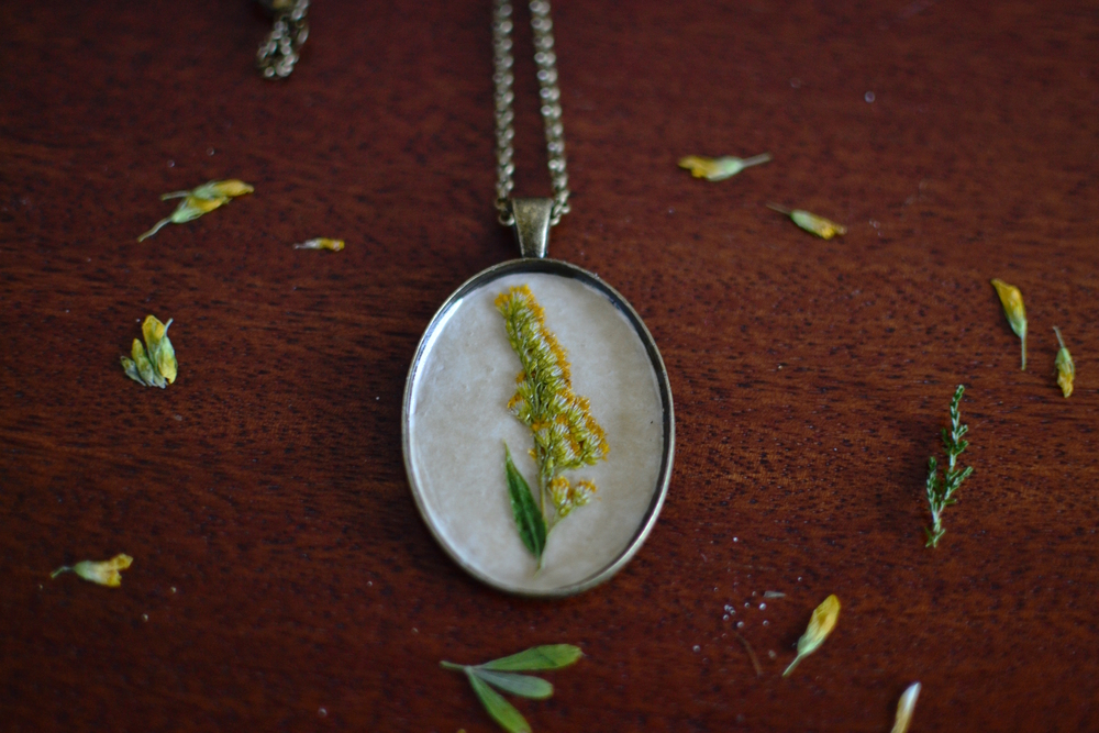 Mandarine's: Woodland pendants