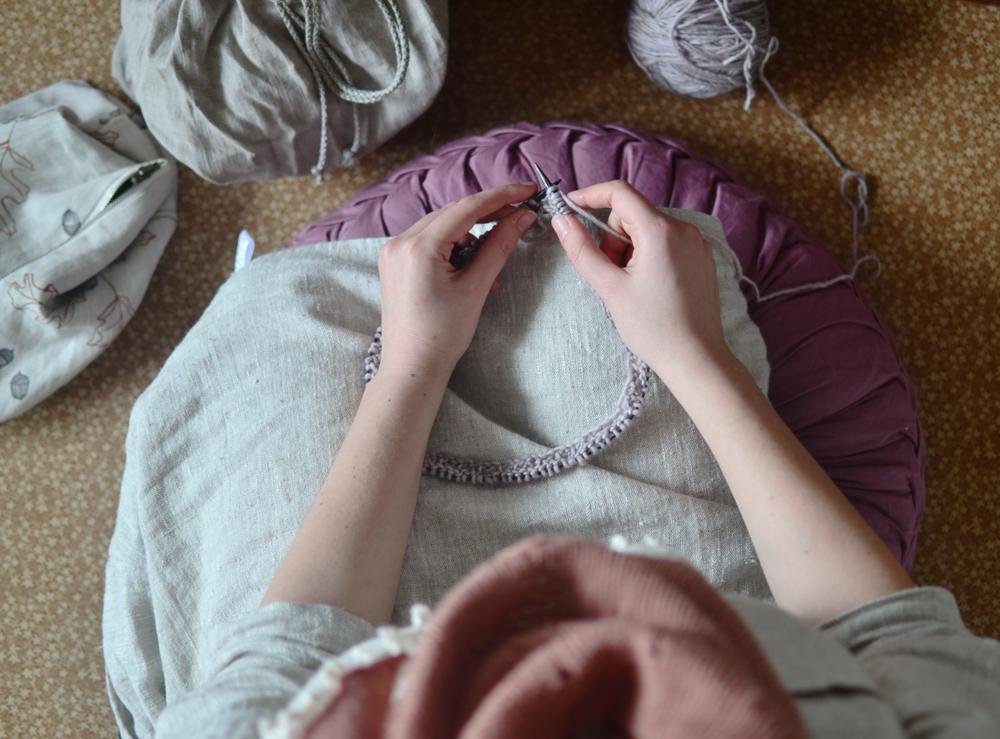 Mandarine's: knitting