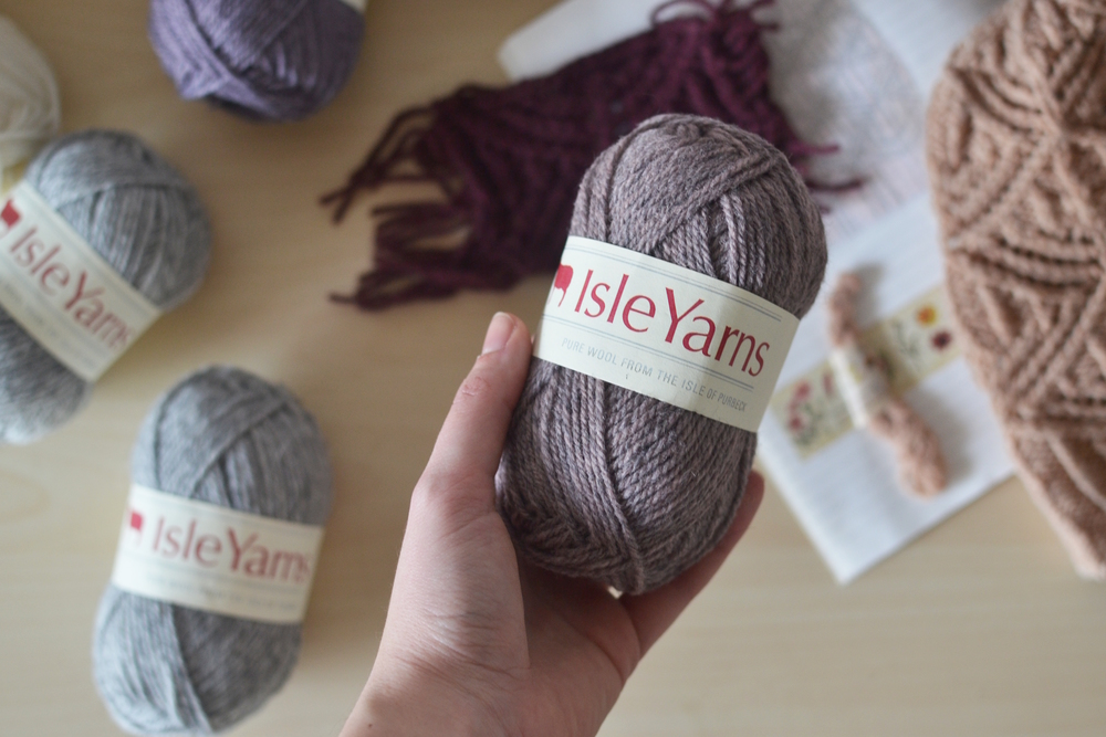 Mandarine's yarn review & giveaway: Isle yarns