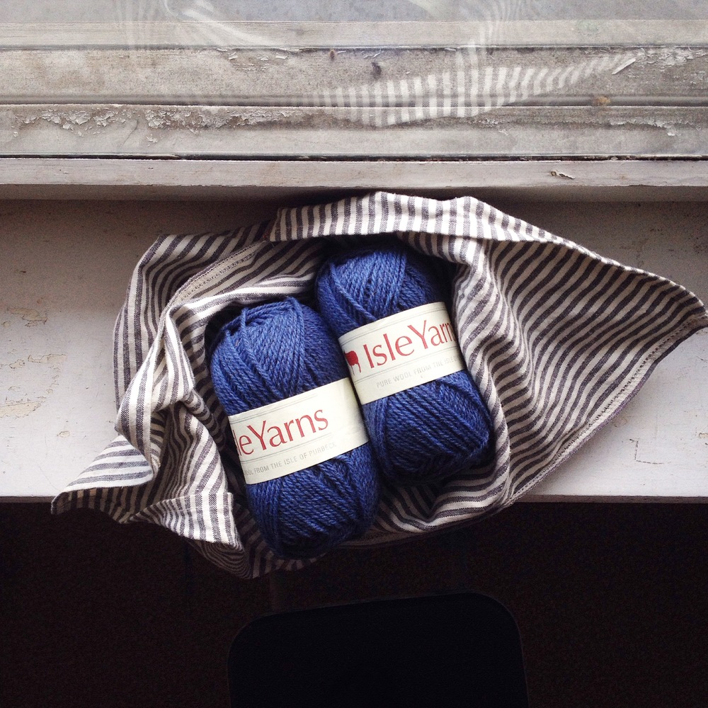 Mandarine's: Isle yarn review & giveaway