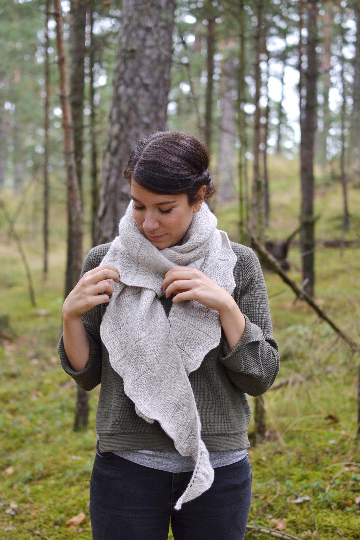 Skógur shawl by Melody Hoffmann