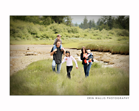 Family walking in Campbell River