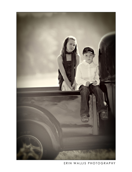 River and Mariah on the truck