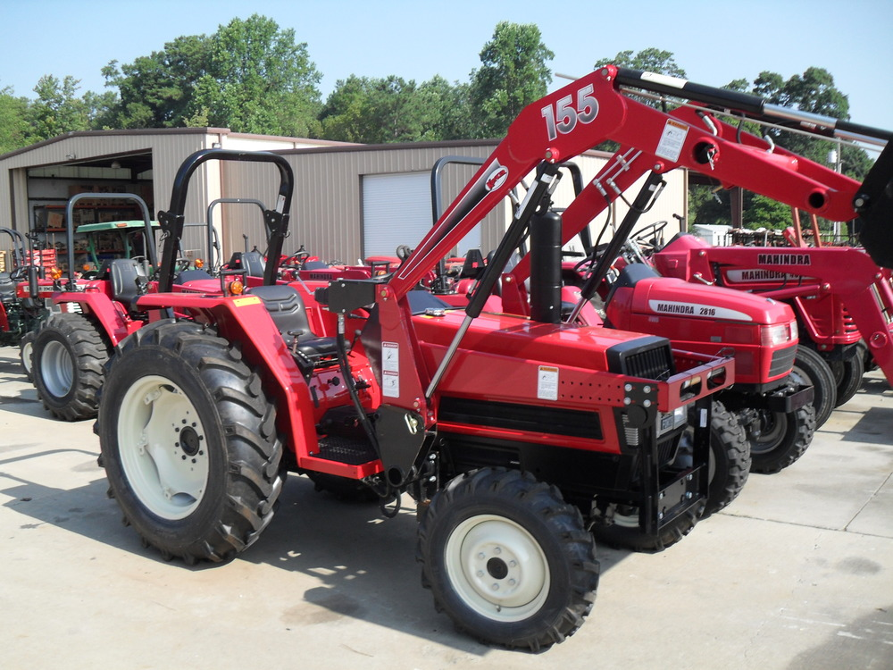 Yanmar FX 26D 31 hp, 3 cylinder diesel, 4wd, power steering, powershift transmission, with roll over protective structure. Built in 1984 and 1985.  Shown with a new Koyker 155 Loader. Price does not include loader. $9,199 $7,899 2WD