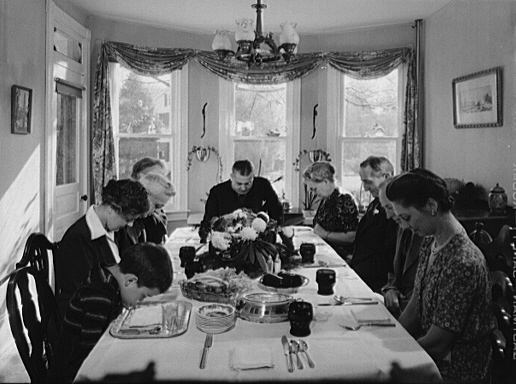 """Thanksgiving grace 1942"" by Marjory Collins, photographer for Farm Security Administration. - Photo by Marjory Collins. Farm Security Administration - Office of War Information Photograph Collection (Library of Congress). Licensed under Public domain via  Wikimedia Commons ."