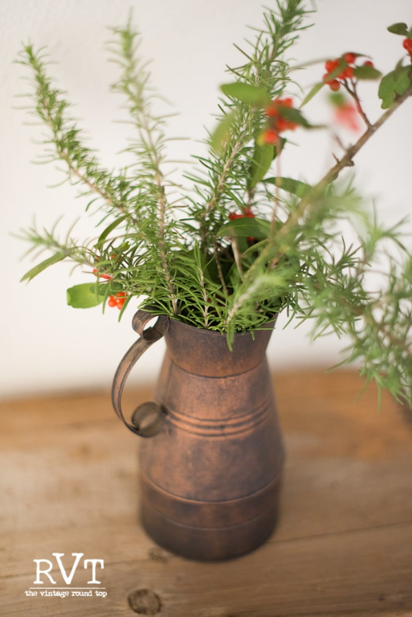 SIMPLE COUNTRY PLEASURES: THE SCENT OF ROSEMARY