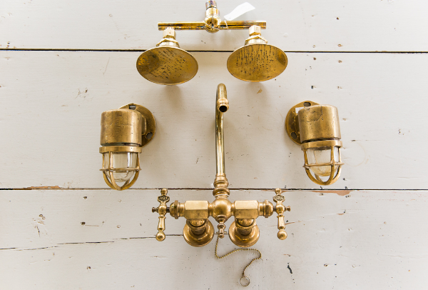 The Vintage Round Top - Brass Pieces 2