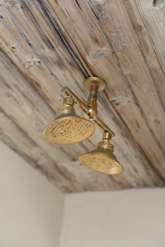 BOHO ADDITIONAL BATHROOM DETAILS - THE VINTAGE ROUND TOP