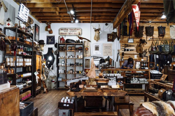 MANREADY MERCANTILE, THE VINTAGE ROUND TOP