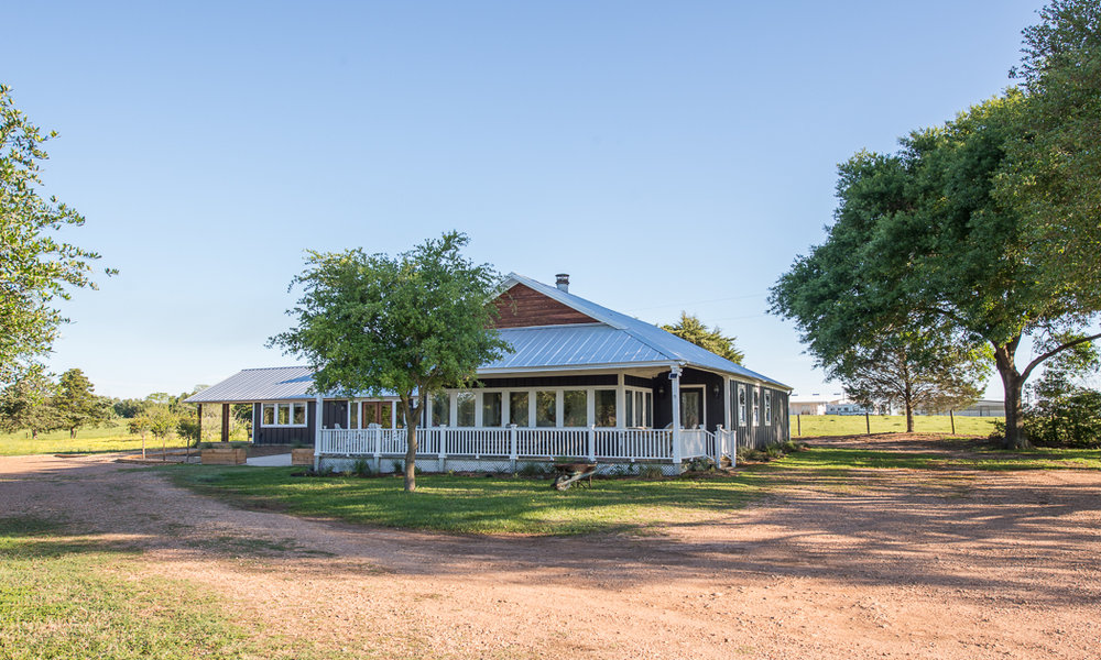 THE VINTAGE ROUND TOP PROPERTY