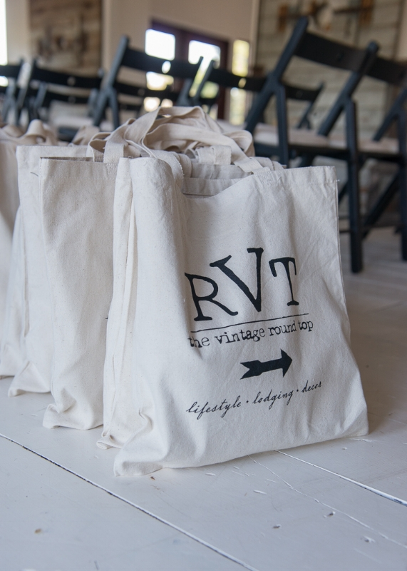 RVT SWAG BAG, THE VINTAGE ROUND TOP