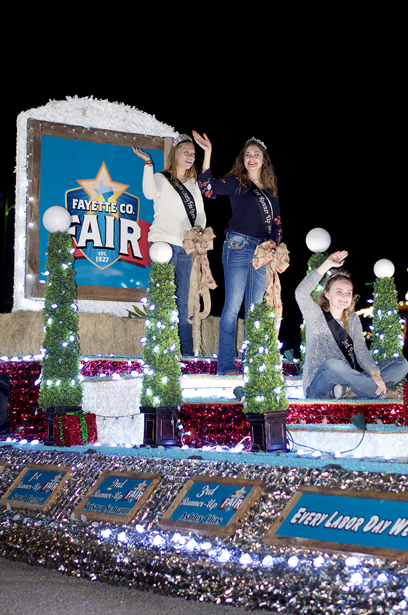The Round Top Christmas Parade