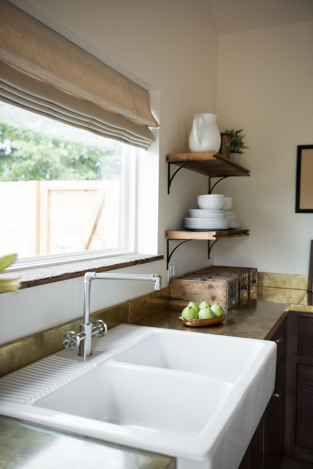 Select Blinds - We worked with Select Blinds to choose the window coverings for our kitchen, great room and guest rooms. For us, the details matter - even down to the window treatments!