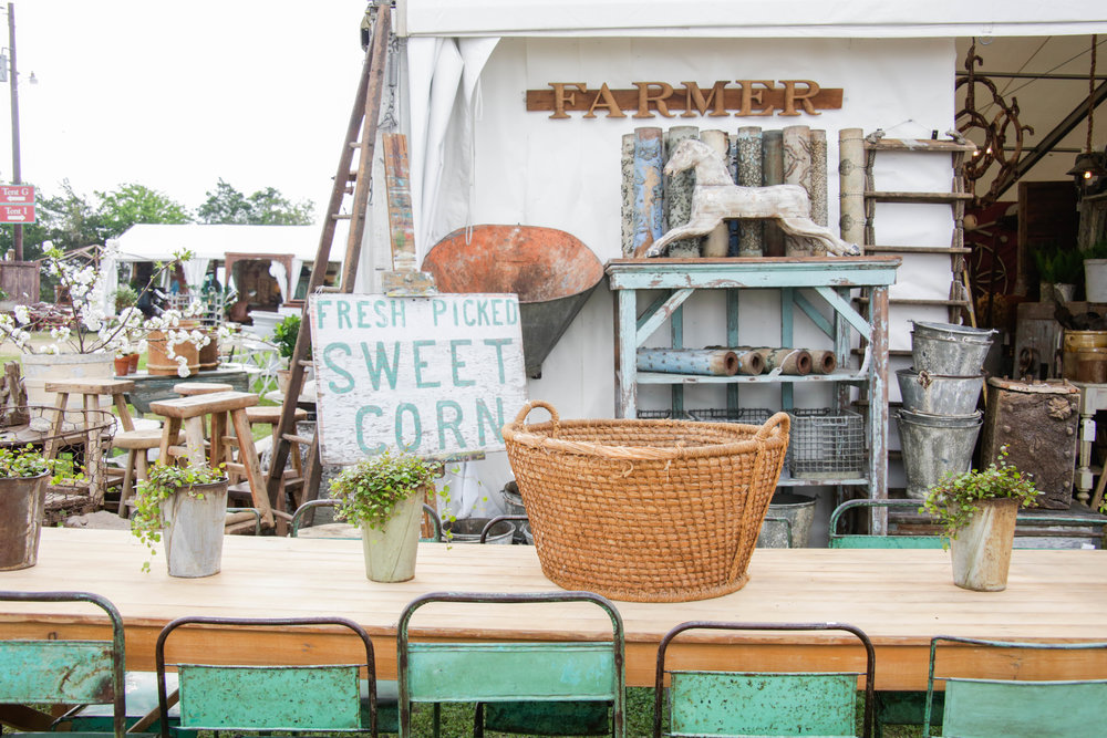 Our Favorite Vendors at the Round Top Antiques Week