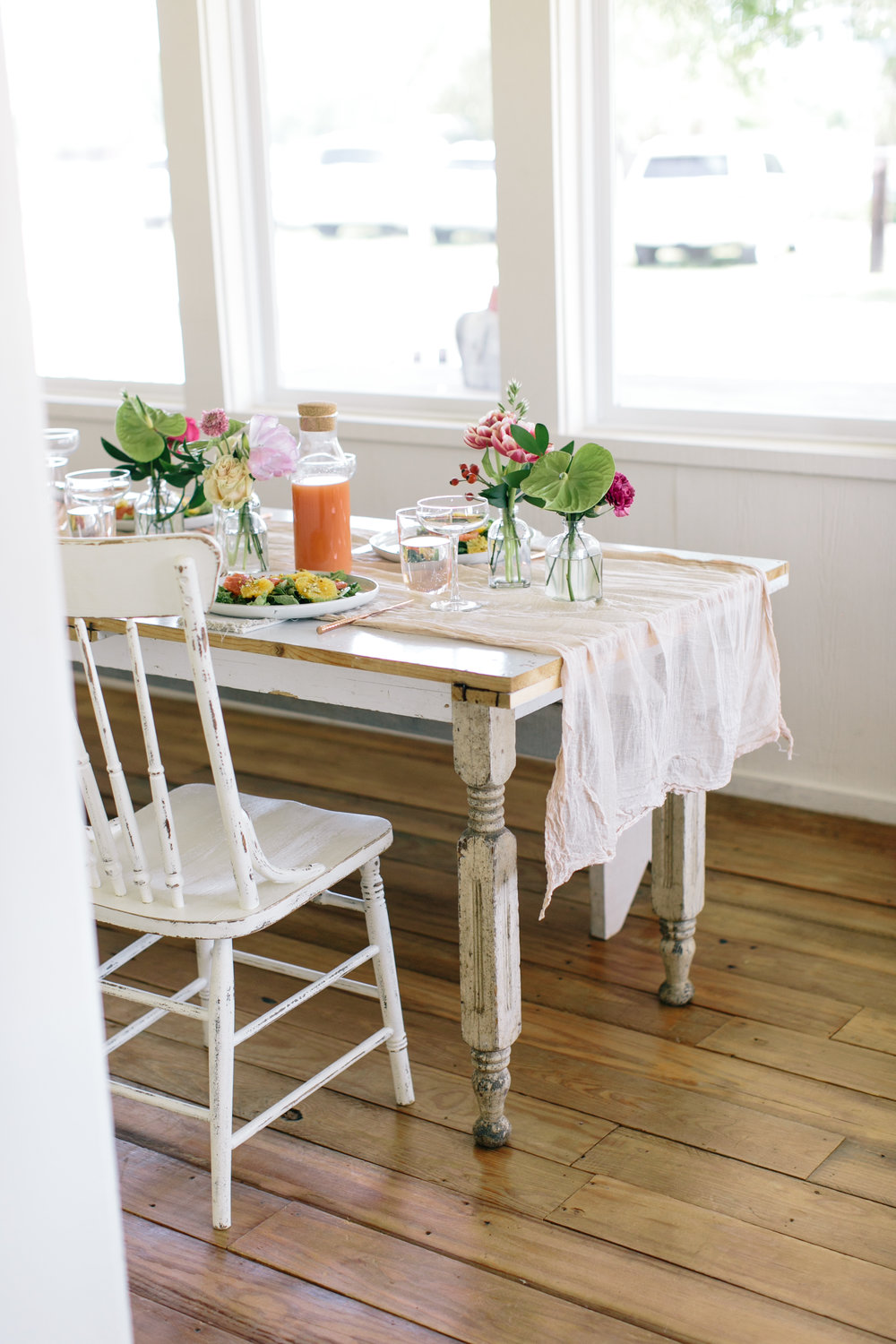 Colorful Spring Brunch at The Vintage Round Top