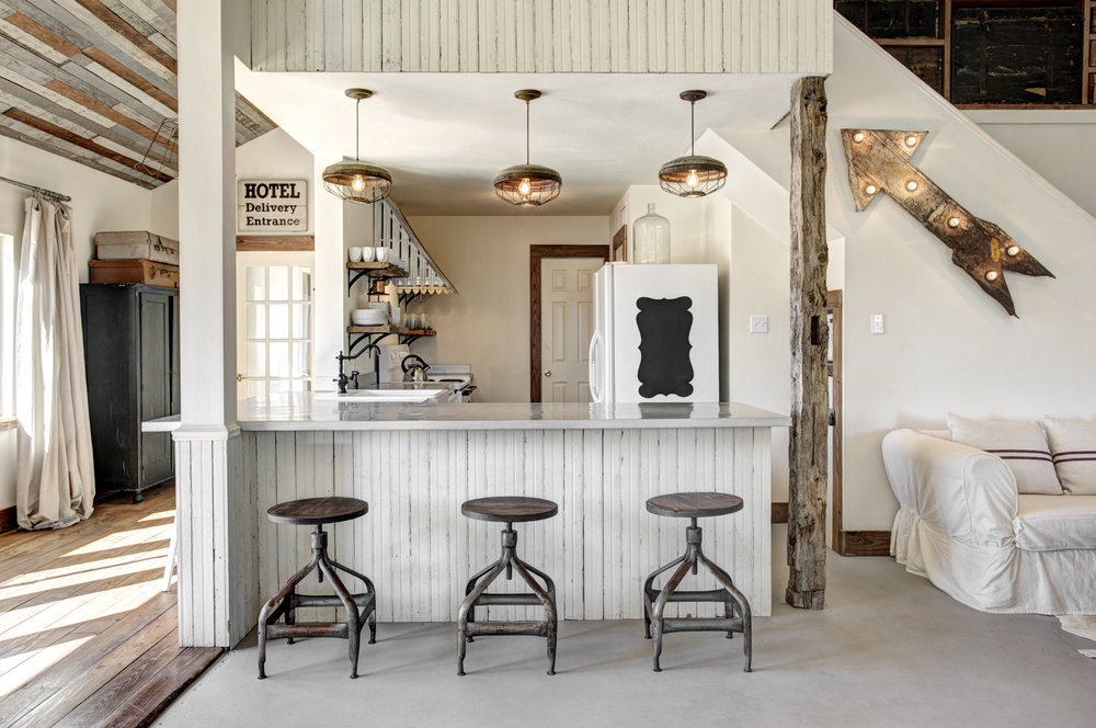 No. 1450 - The Vintage Round Top - My Domaine - Rustic Modern Farmhouse Retreat - Vintage Kitchen - Farmhouse Kitchen