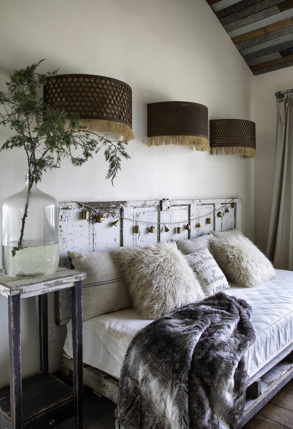Origin Magazine. Paige's Blog. No. 1450 Daybed. Kerry Kirk Photo. Day beds. Styled shoot. RVT Swedish Style