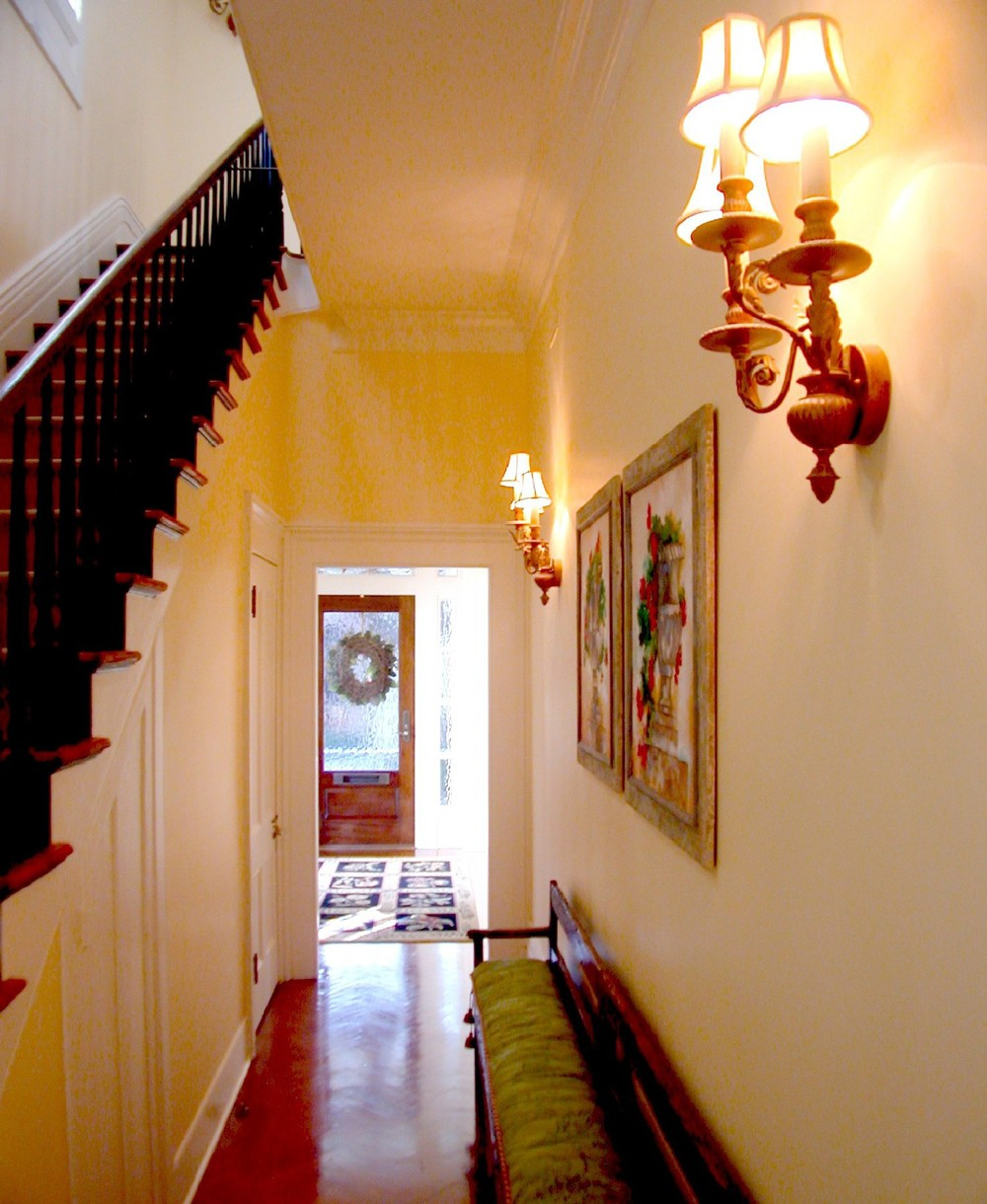 stair entry.JPG