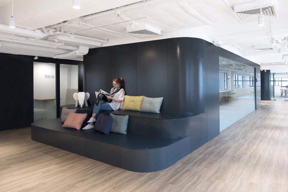 Each individual part of the vessel was a variety of work spaces equipped with their own privacy control such as misty gradient glass partitions or curtains. Work clusters occupy the open neighborhoods, each with access to shared supports and collaborative work zones. The work clusters can be re-arranged to match the constantly changing needs of the company.