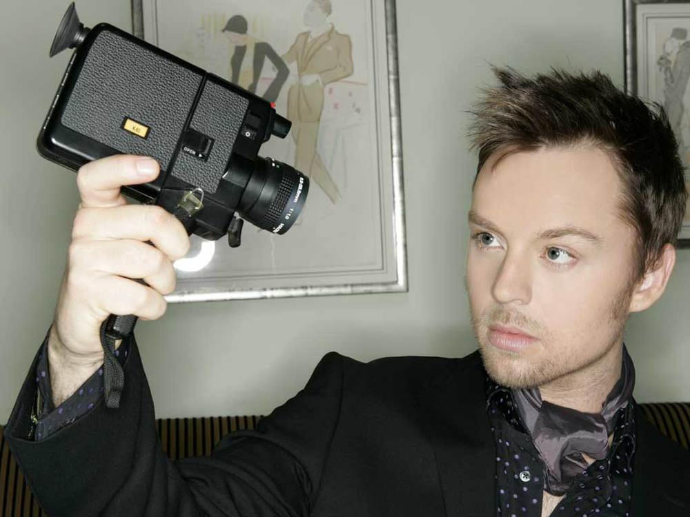 darren-hayes-2011-promo-pic.png
