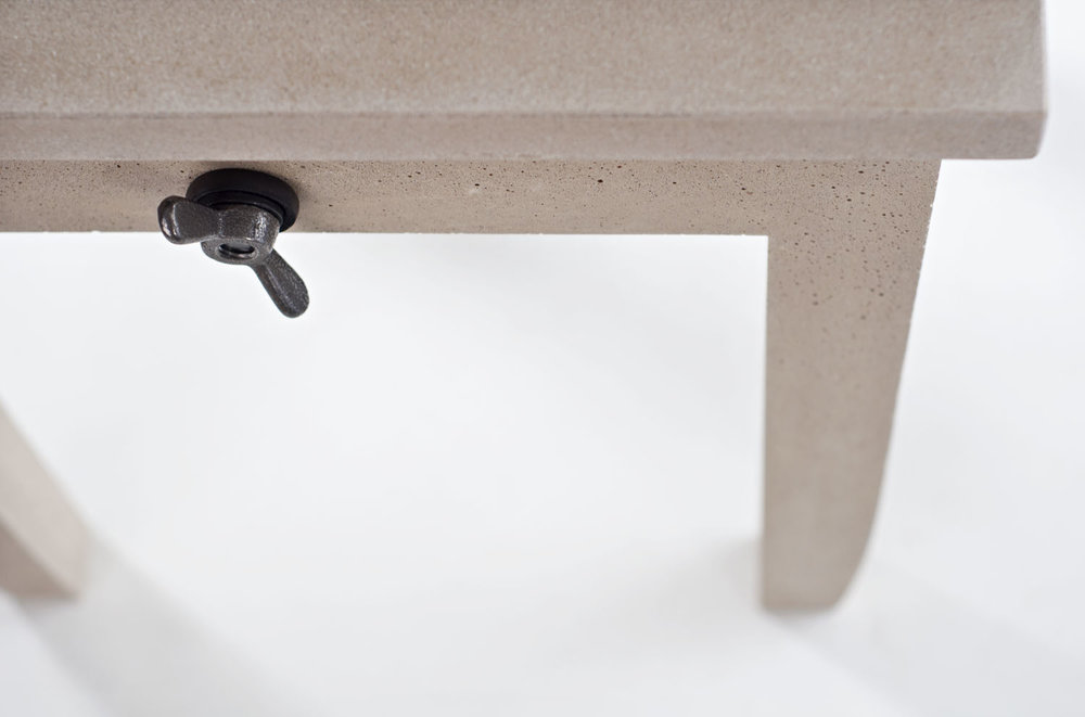 workshopchic sidetable x OSO_wingnut_detail01.jpg