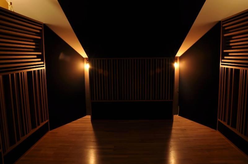 Studio B-Flat CR front.jpg