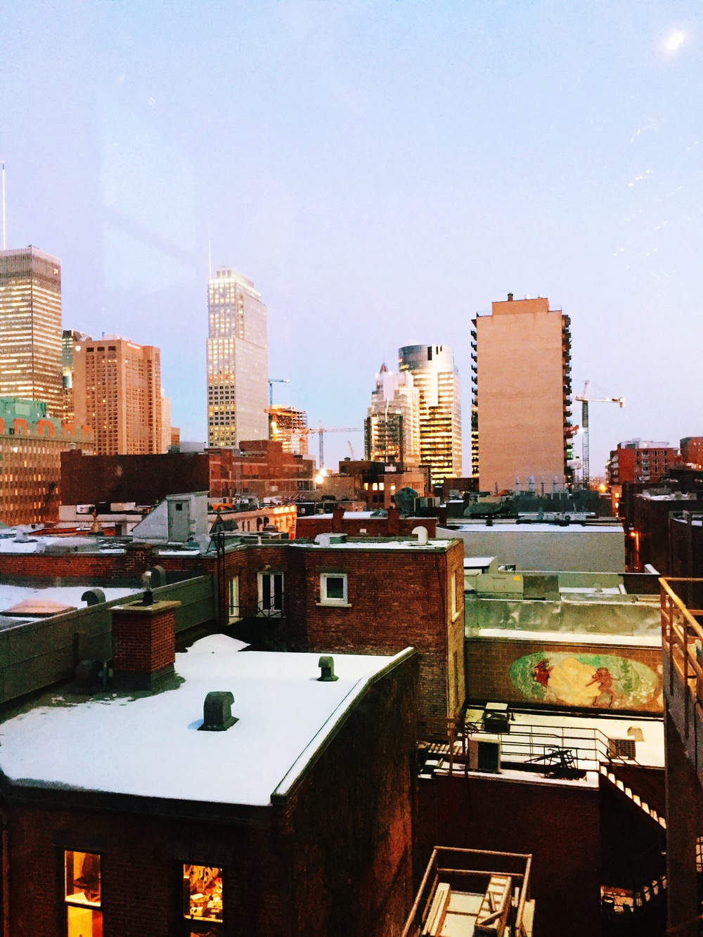 Montréal rooftops.