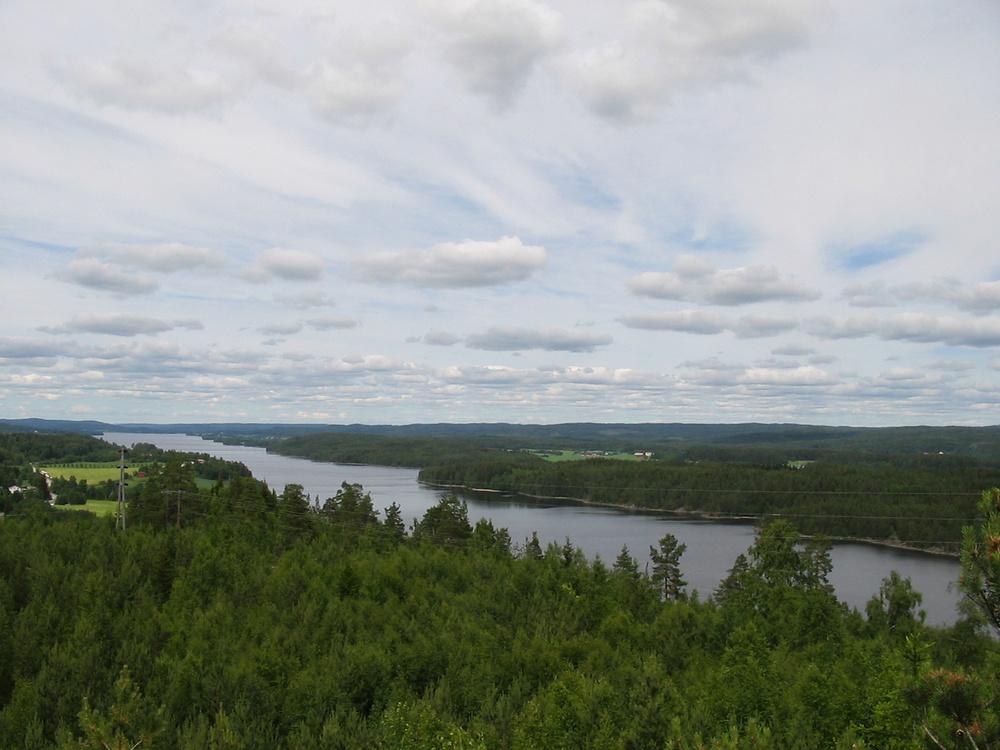 Utsikt over Rødenes, sett fra Ørjekollen. Foto: Vidar Iversen