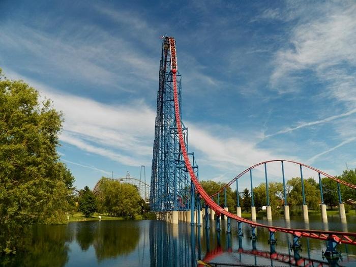thrill-ride-of-steel03b.jpg