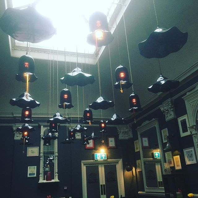 Cool #lighting #rainydays #publunch