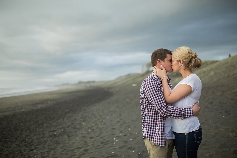 muriwai-engagement10.jpg