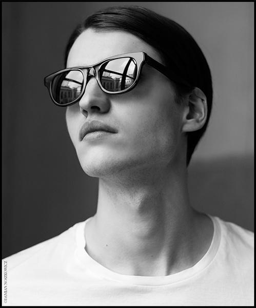 les_lunettes_noires_a_p_c__x_retrosuperfuture_59.jpeg_north_499x_white.jpg